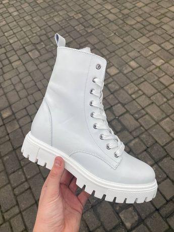 Ботинки белые натуральная кожа зима