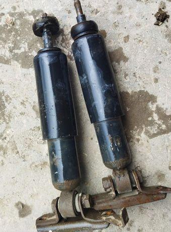Передні амортизатори і передні пружини до ВАЗ 2107