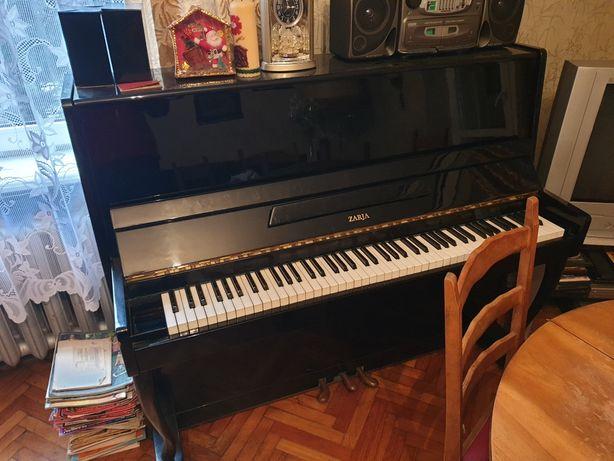 Pianino Zaria Nokturn-I20 stan bdb
