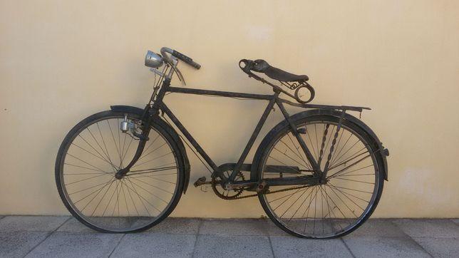 Bicicleta pasteleira antiga EFS