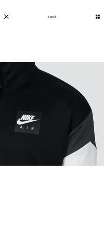Nike Men's Air Max Black/White Windrunner FZ Jacket