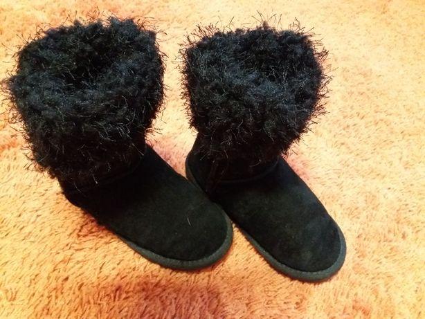 Угги ботинки  сапоги в новом состоянии   20 см