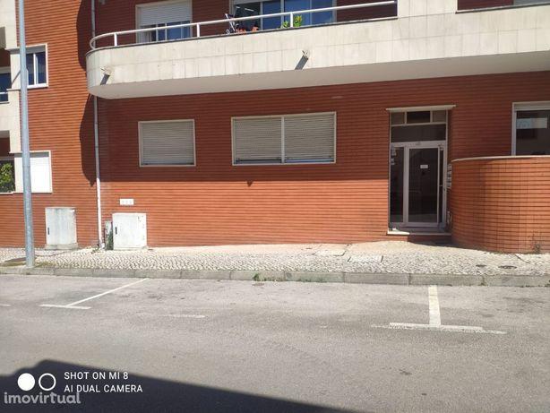 Apartamento T2 no centro da Lousã