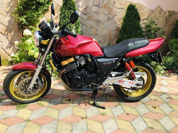 Срочно Honda cb 400 sf 2001