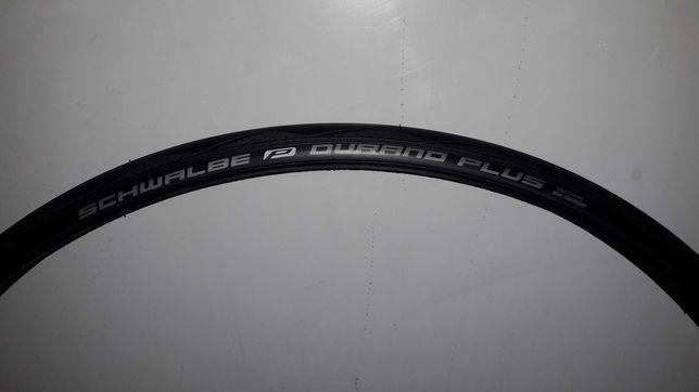 Opona szosowa Schwalbe Durano Plus 700x23C czarna drutowa