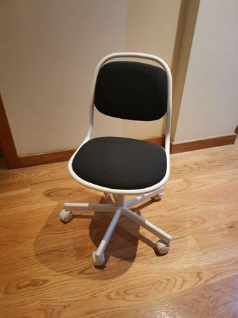 Cadeira criança rotativa
