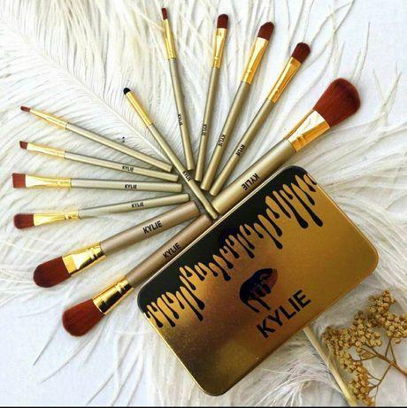 Профессиональные кисти для макияжа от Kylie Jenner (в наборе 12 шт)
