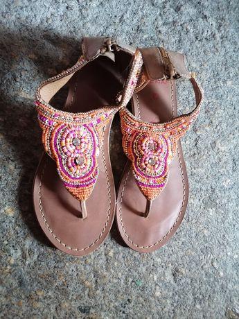 Sandálias pele  naf naf 36 coloridas