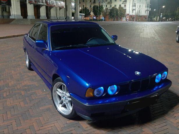 Продам BMW 525 е34