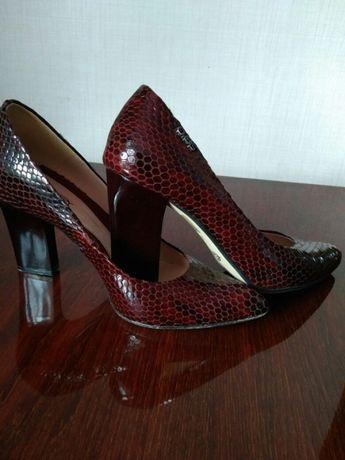 Классные модные туфли