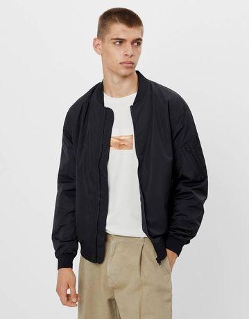Легкая куртка-бомбер