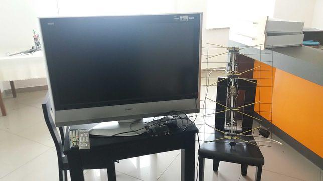 TV Panasonic 32'' LCD HDMI