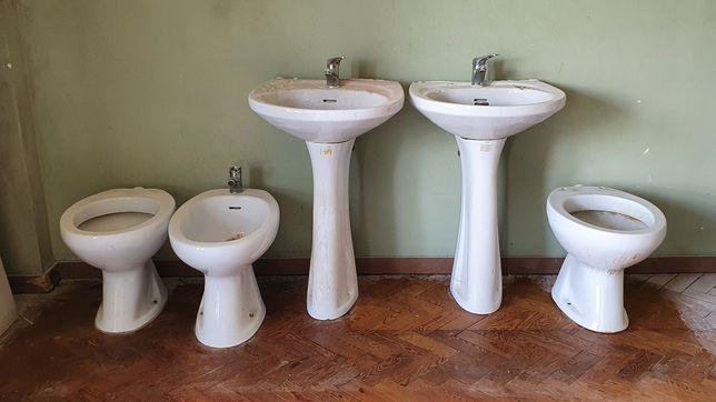 Sanitas, lavatórios e bidé
