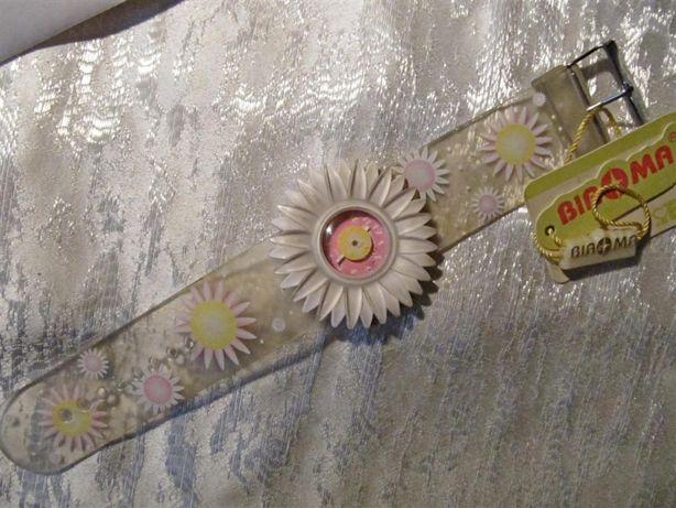 Детские часы в виде цветка, новые, кварцевые