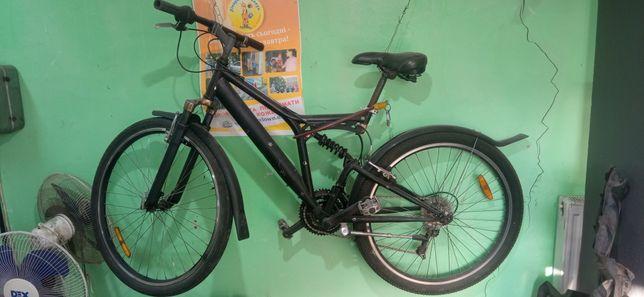 Велосипед горний, двухпідвісний, колеса 26
