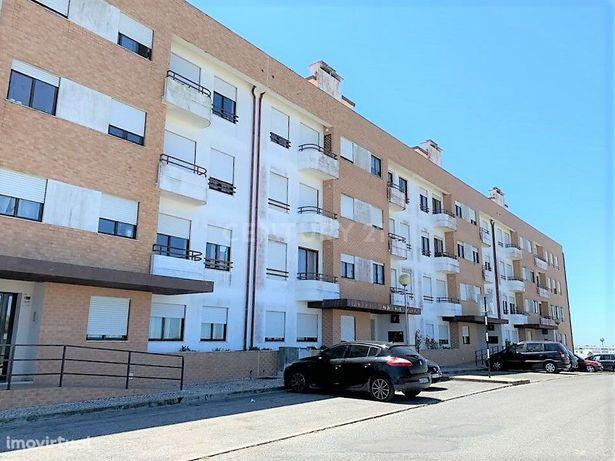 Apartamento T1 para venda, inserido num prédio tranquilo situado no Mo