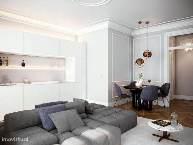 Apartamento T2 com Varandim para Venda no Chiado, Lisboa