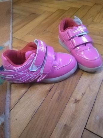Кросівки, кросовки, кроссовки