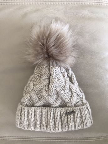 NOWA czapka zimowa beżowa gruba czapka z pomponem