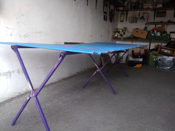 Stół na targ.