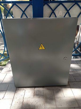 Электрический щит с двойной дверцей IP54