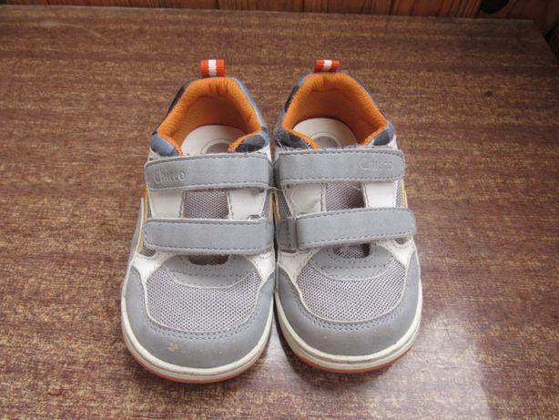 Кроссовки, сандали, домашние тапочки Chicco 23 р. (15 см)