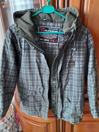 Отличная деми куртка 9-10 лет