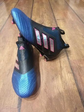 Buty piłkarskie korki Adidas