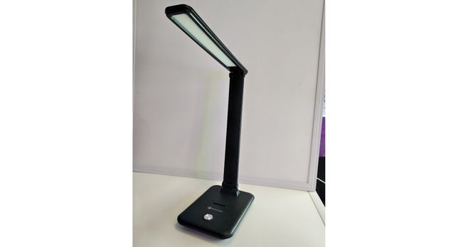 Продам LED(700lm)настольная лампам,черн.10 w Доставка  бесплатнУкраина