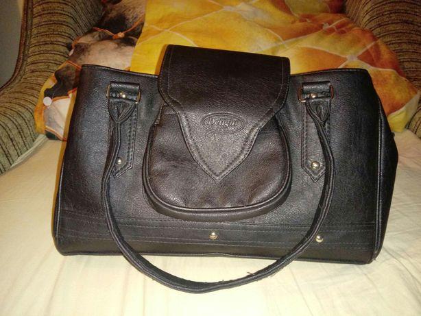 Czarna torebka Delight shoper z dwoma przgródkami torba