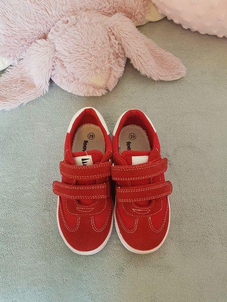 Śliczne czerwone buciki rozm.29