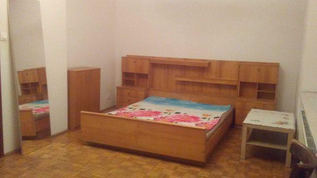 Pokój duży wynajmę 21 m2 + balkon 6 m2 w domku jednorodzinnym Warszawa