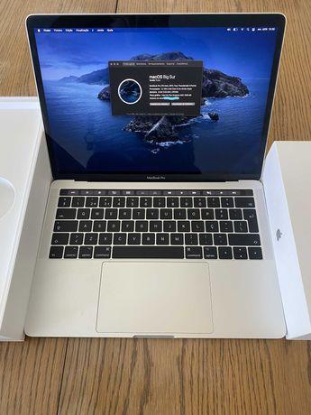 MacBook 13'' / TouchBar / 4 portas Thunderbolt i5 / 8GB Ram