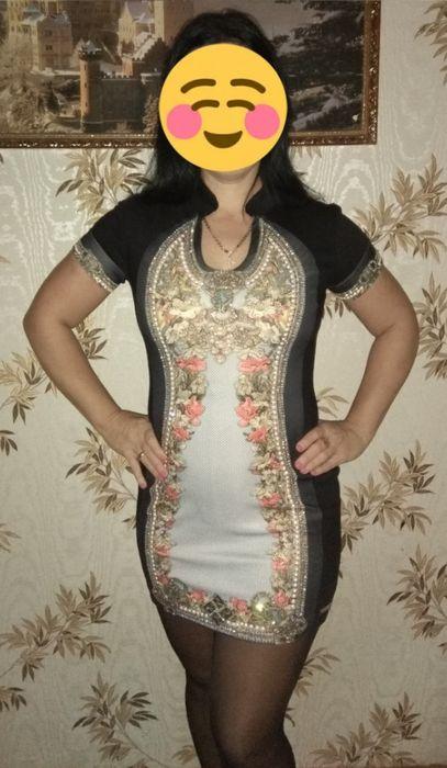 Платье женское нарядное очень красивая,украшена камнями Херсон - изображение 1