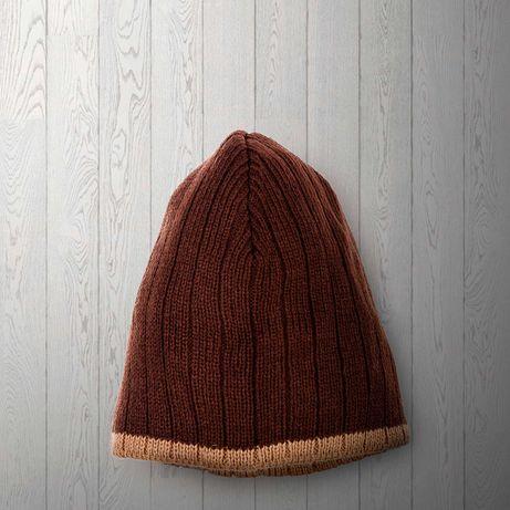 Коричневая мужская осенне-зимняя шапка, размер шапки 54см.