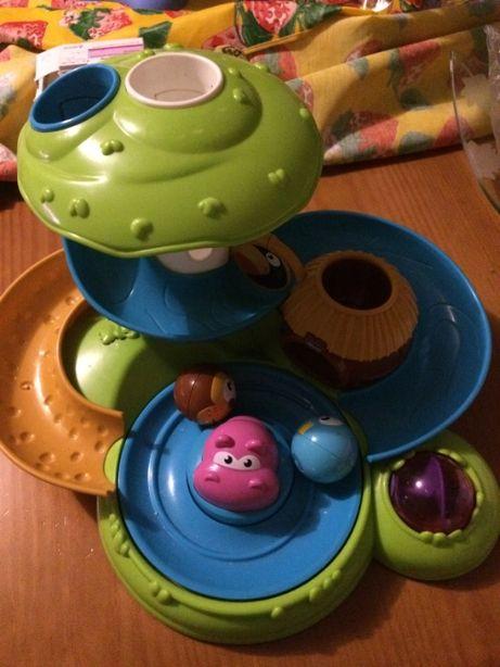 Brinquedo Chicco - Escorrega de bolas com hipópotamo musical