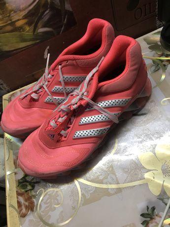 Кросівки фірмові аdidas