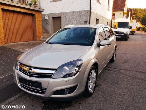 Opel Astra Opel Astra H Combi 1,6 Benzyna Xenon 2010r