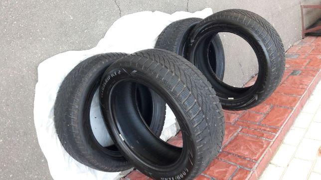 Продам 215/55 R17 Goodyear UltraGrip Ice 2 Зима 2019 года выпуска