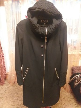 Продам новое пальто размер 52