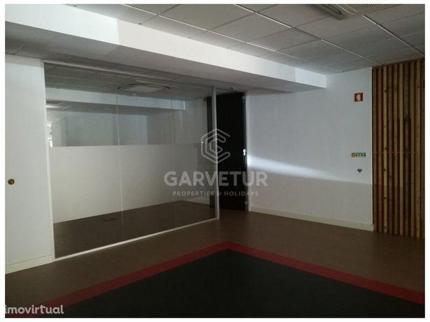 Espaço comercial com localização privilegiada, Faro, Algarve