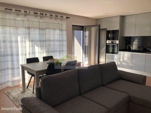 Apartamento T1 novo, mobilado e equipado e com utensilios...