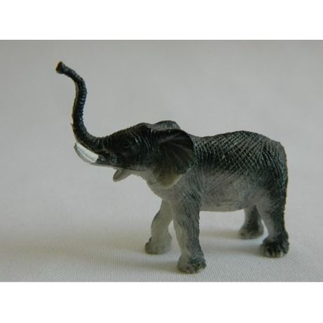 Статуэтка Слон пластик