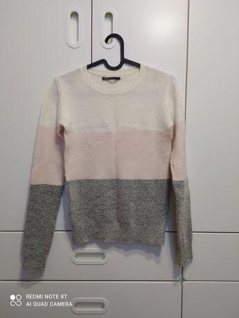 Sweterek House XS
