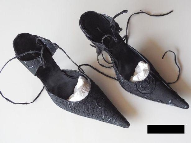 """Sapatos Pretos marca """"Paulo Brandão"""" - nº 39"""