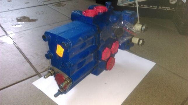 Oryginalny rozdzielacz hydrauliczny podnośnika do T-25