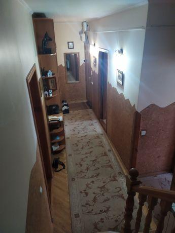 3-х кімнатна квартира в двох рівнях
