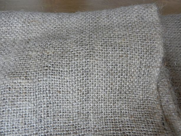 Tkanina jutowa naturalna szer.160cm dł.110cm. kupon
