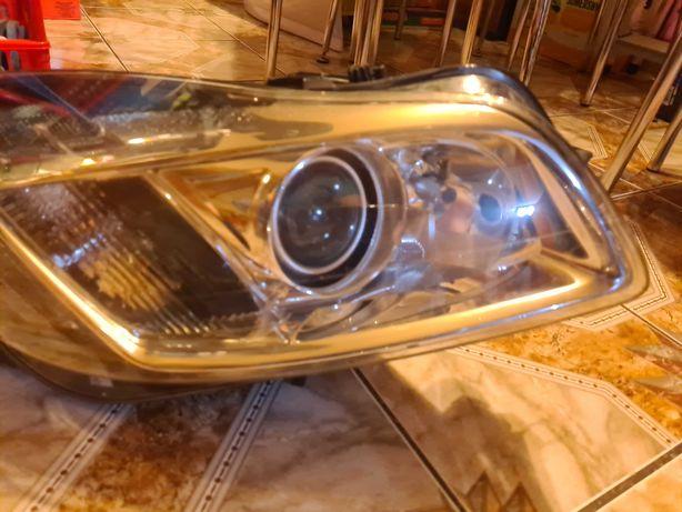 Opel insignia a lampy bixenon skretne