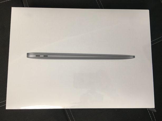 Ноутбук Apple New MacBook Air M1 13.3'' 256Gb MGN63 Space Grey 2020